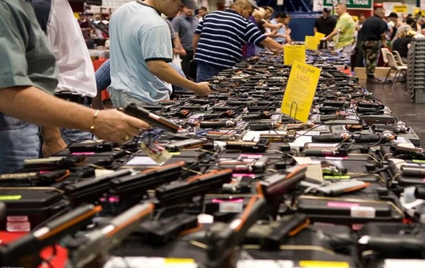 Стрілецька асоціація США виступила проти посилення контролю над зброєю