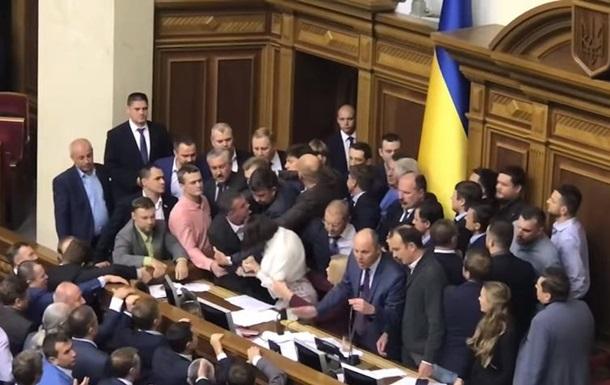Итоги 05.10: Стычки в Раде, отставка в Николаеве