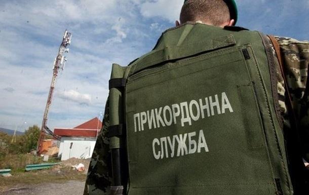 На границе с РФ пограничники нашли грузовик сала