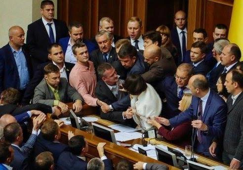 Закон о статусе Донбасса: стало понятно, кто есть кто в Раде