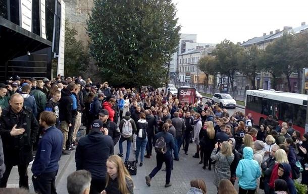 Концерт Бабкіна скасували через протест радикалів