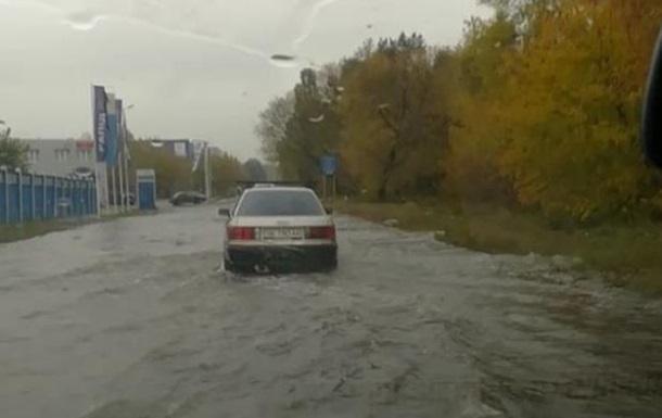 Київ затопила сильна злива