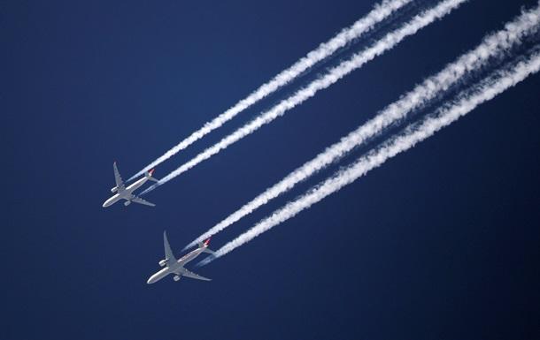 Для літаків відкрили небо над Калинівкою