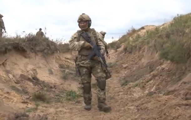 ГПС показала тренировку спецназа под руководством иностранцев