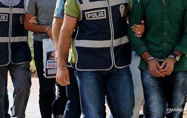 У Туреччині затримали 70 військових, підозрюваних у зв язках з Гюленом