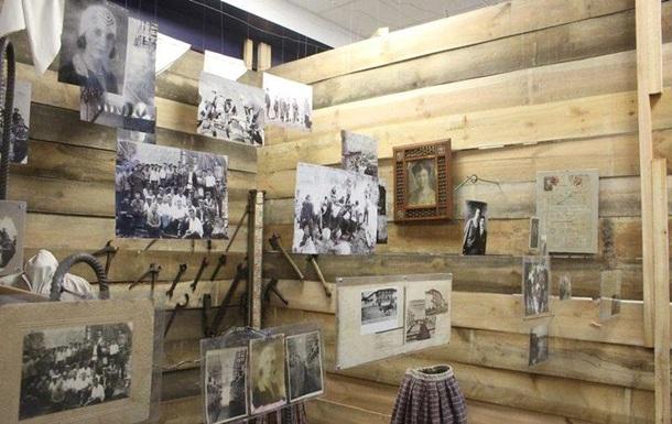В Запорожье открылась выставка о женщинах-строителях Днепрогэса