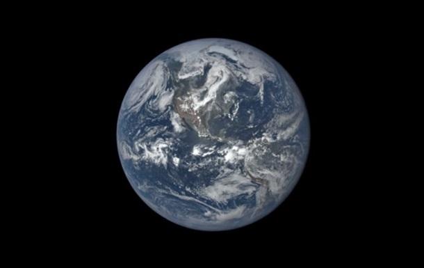 В конце октября на Землю упадет советский спутник