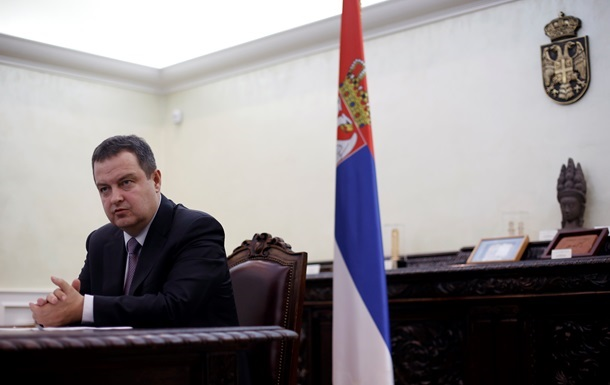 Глава МЗС Сербії заспівав пісню президенту Туреччини