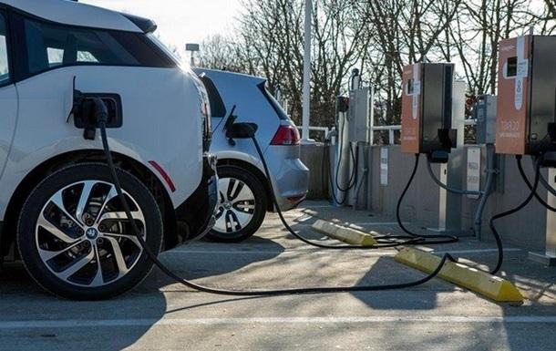 У Нідерландах відмовляться від бензинових і дизельних авто