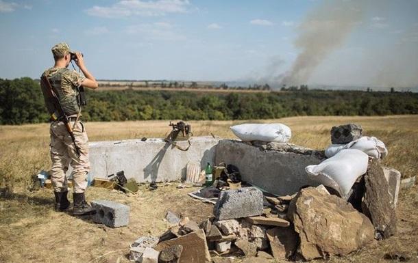 Штаб АТО насчитал 22 обстрела украинских позиций