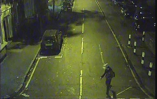 У Лондоні школярку тричі гвалтували по дорозі додому