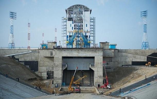 У Росії голодують будівельники космодрому Східний