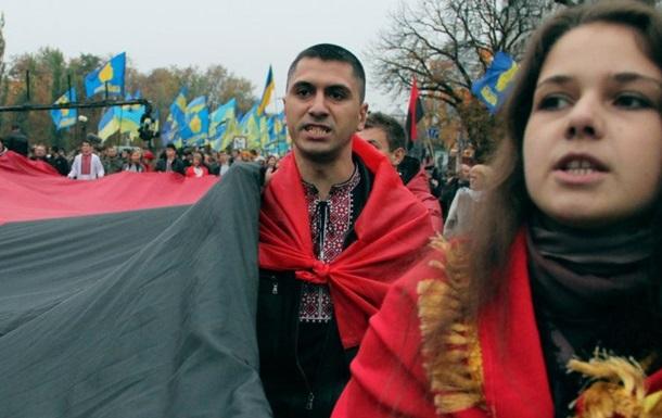 В Киеве проходит Марш славы героев