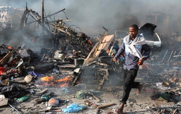 Теракт в Сомали: число жертв превысило 270 человек