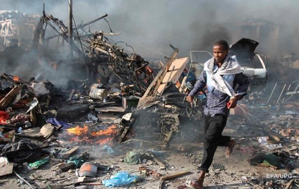 Теракт в Сомали: число жертв превысило 300 человек