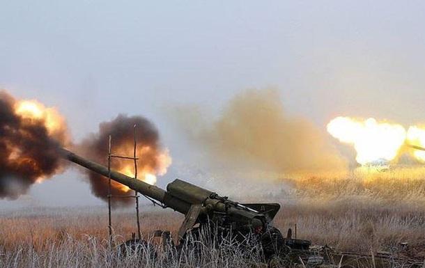 Сепаратисти обстріляли місто в Донецькій області, поранено жінку