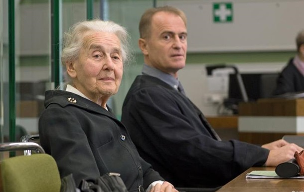 В Германии женщину осудили на полгода за отрицание Холокоста