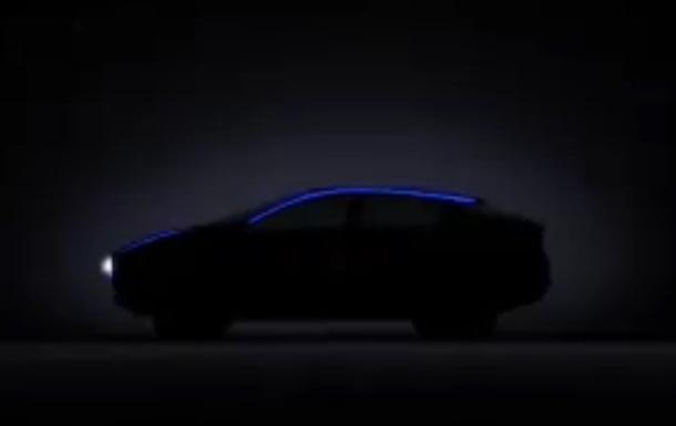 Nissan показав кросовер з електроприводом на відео