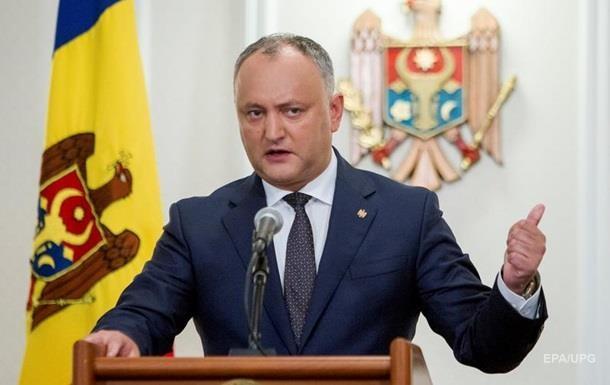 Додон вимагає розпустити парламент Молдови