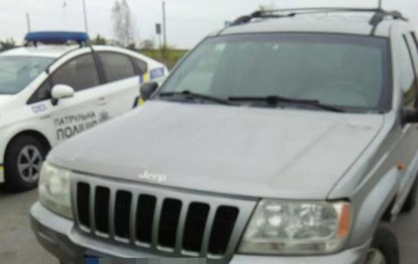 У Рівному зупинили 9-річного водія з пакетом наркотиків