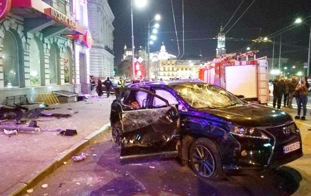 ДТП в Харькове. Lexus унес жизни пятерых человек
