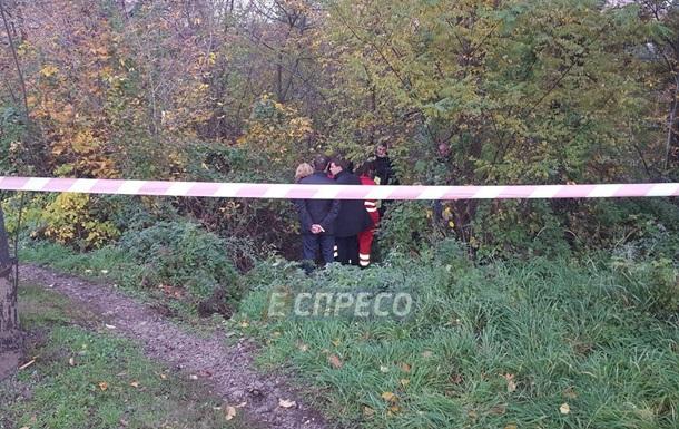 У Києві знайшли тіло застреленого з рушниці чоловіка