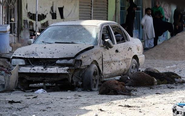 У Кабулі вибух у мечеті, десятки жертв