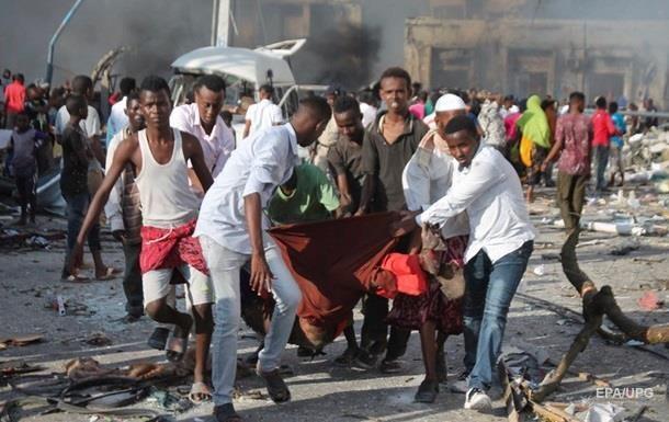 Теракт в Сомали: число жертв увеличилось до 358