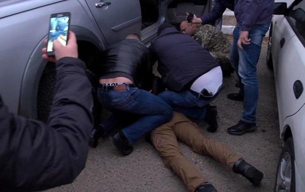 В Одеській області офіцер ЗСУ затриманий за збут вибухівки