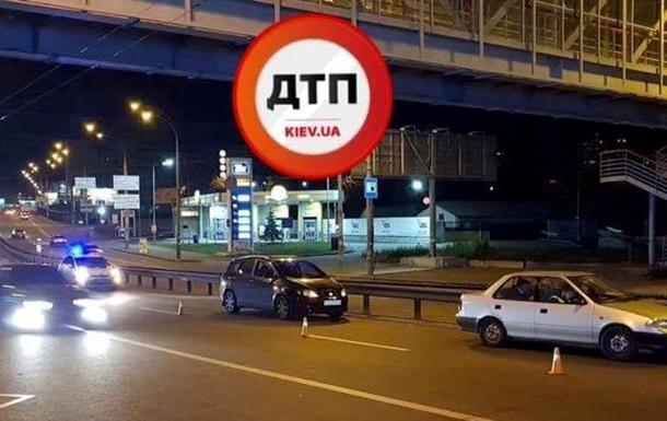 ДТП в Киеве: водитель сбил пешехода