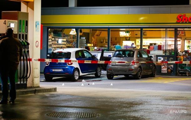В Швейцарии подросток напал на прохожих с топором