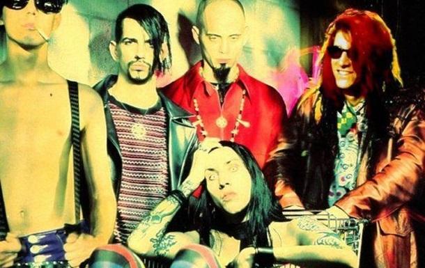 Умер сооснователь группы Marilyn Manson