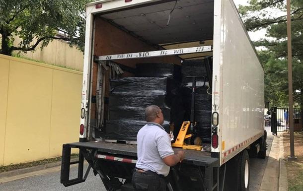 США повернули архів закритого в Сан-Франциско консульства РФ