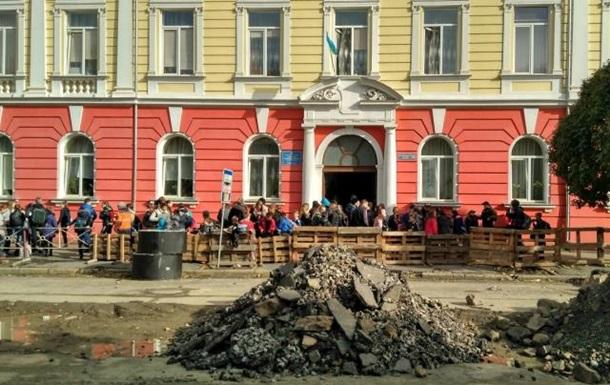В школе Ужгорода произошел выброс газа, пострадали 11 детей