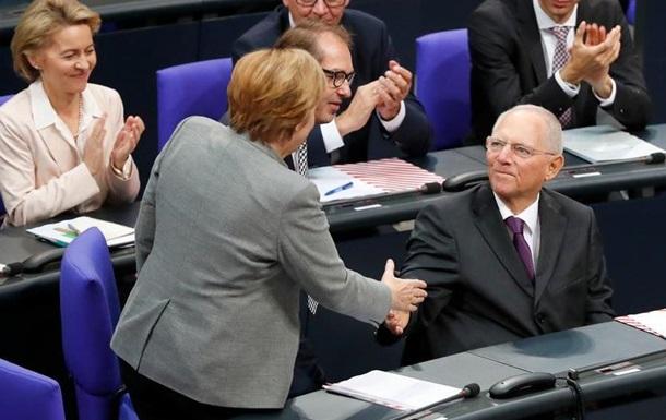 Новим головою Бундестагу обрали Вольфґанґа Шойбле
