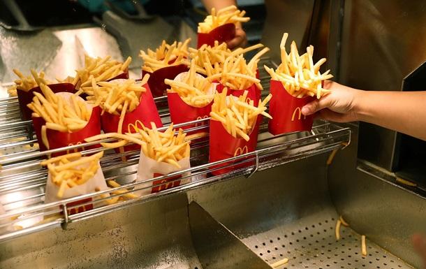 Прибыль McDonald s выросла на треть