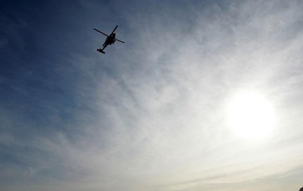 В Чернигове вертолет приземлился возле остановки