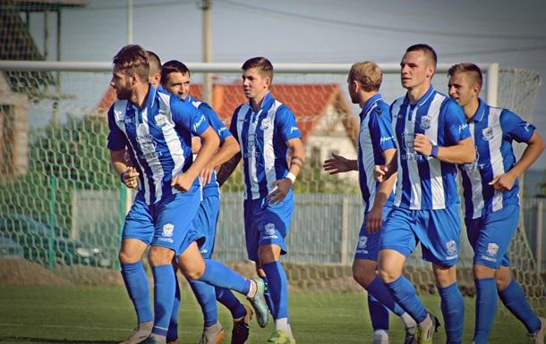 В Закарпатье футбольный клуб стал чемпионом из-за соперников-заробитчан