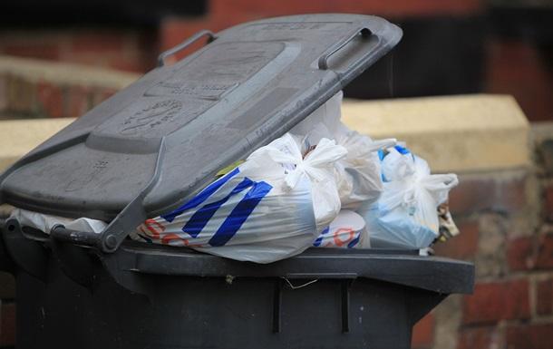 Активіста, який кинув у сміттєвий бак мера Конотопа, значно оштрафували