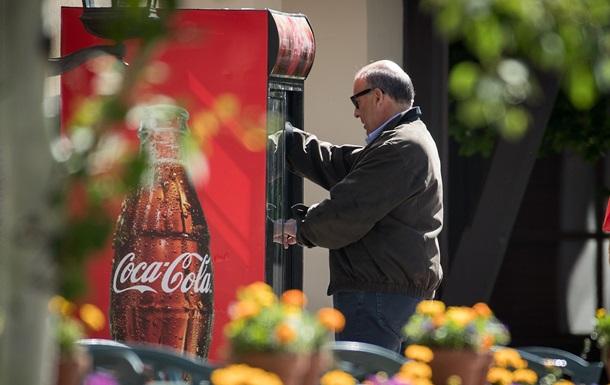 Прибуток Coca-Cola скоротився на третину