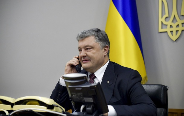 Порошенко провел телефонный разговор с Чийгозом и Умеровым