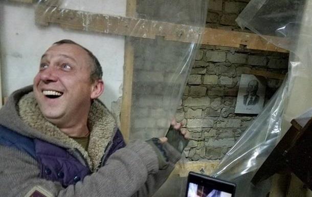 За что «люди со светлыми лицами» разгромили суд в Киеве