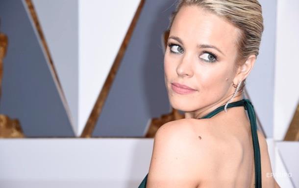 Две голливудские звезды рассказали о домогательствах Тобэка