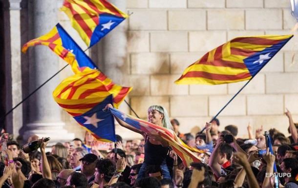 НАТО закликало вирішувати проблему Каталонії мирно
