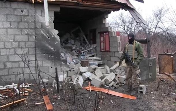 Житлові райони Водяного потрапили під мінометний обстріл