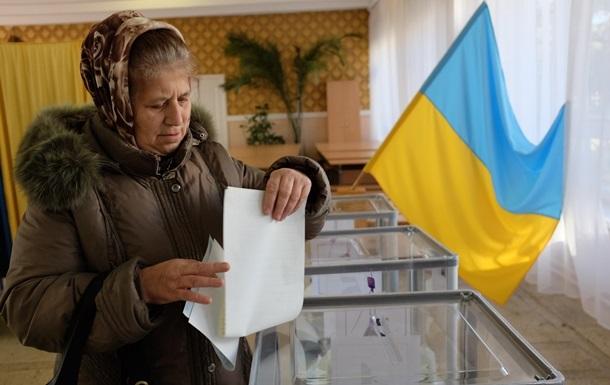 В Украине проходят местные выборы в 201 громаде