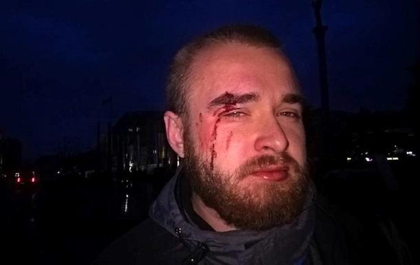 СМИ: В Киеве возле памятника Небесной сотни избили  киборга
