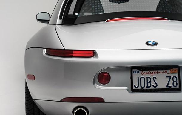 Спортивне авто Стіва Джобса продадуть на аукціоні