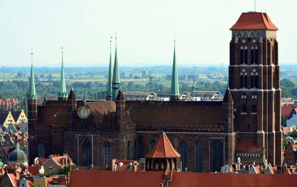 У Польщі під час ремонту храму загинув українець - ЗМІ
