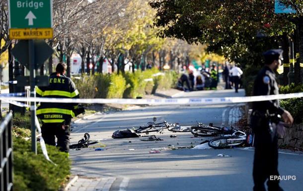 У Нью-Йорку вантажівка в їхала в натовп, є жертви